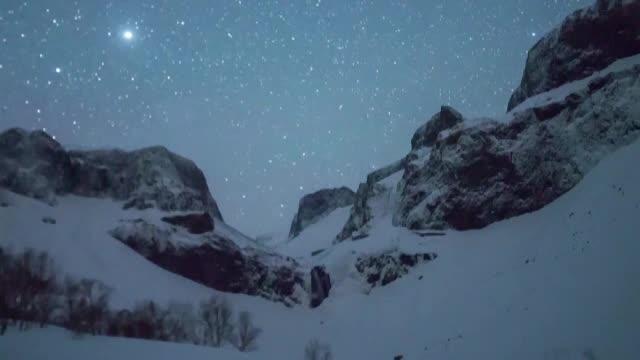 Lyride: fenomen spectaculos surprins pe cerul Chinei. Praful cometei Thatcher a ars la intrarea in atmosfera