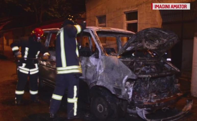 Reglare de conturi in Lugoj. O familie s-a trezit cu masina incendiata si acuza un clan rival ca a pus focul