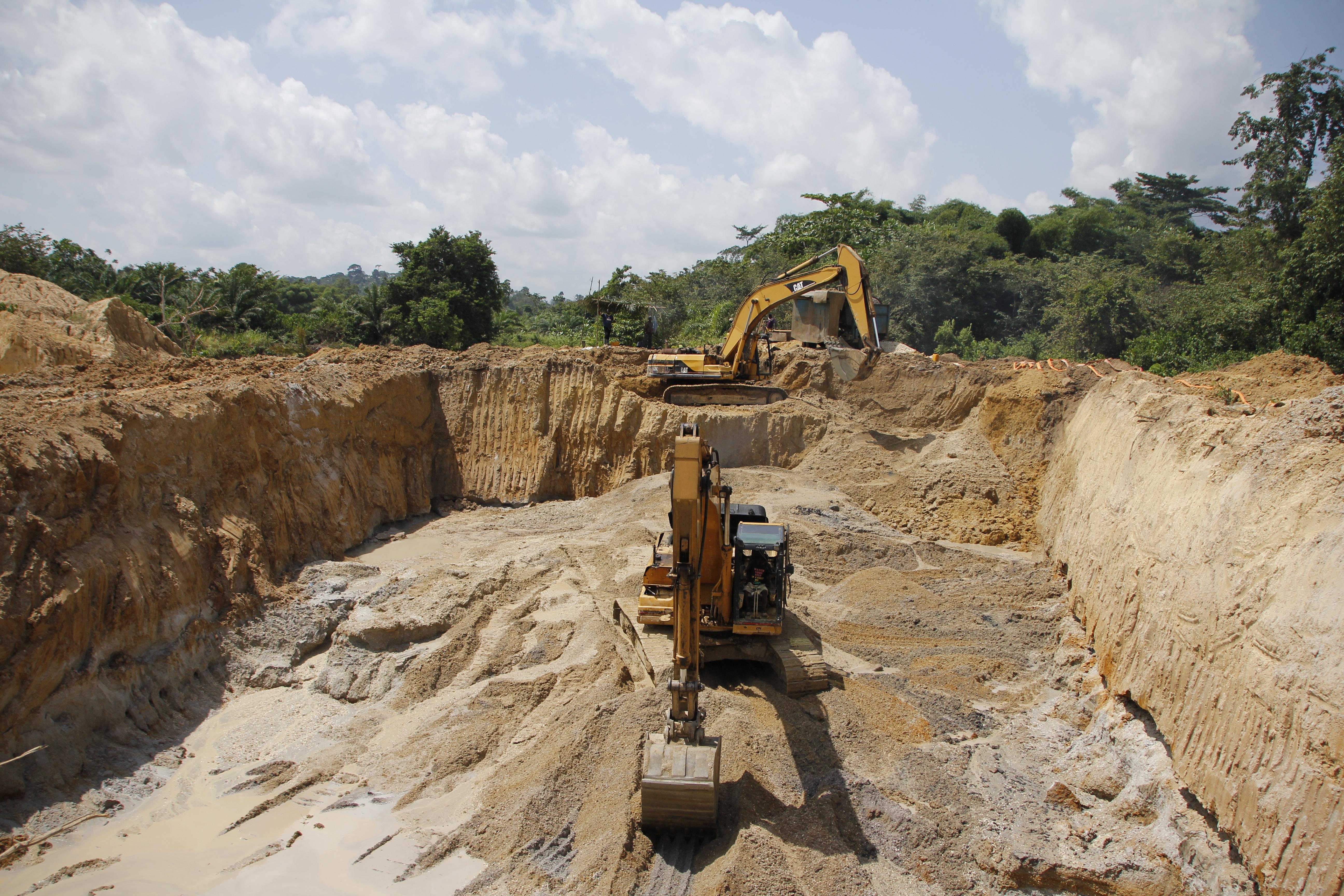 6 mineri au murit în urma prăbuşirii unei mine de aur, în Ghana