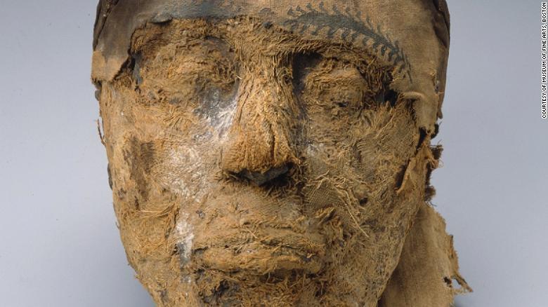 Misterul unei mumii egiptene, rezolvat de FBI. Cui îi aparţinea de fapt