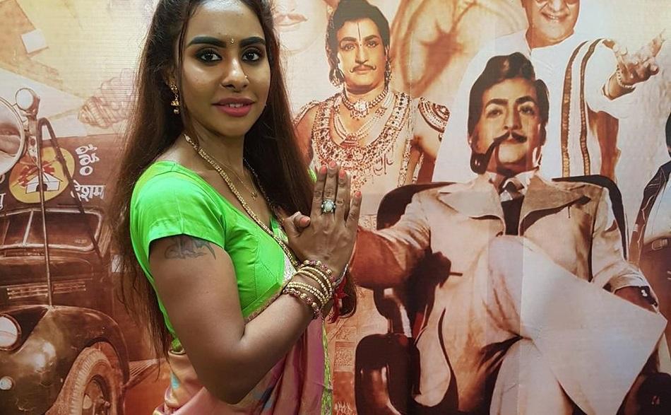 Protest nud al unei actrițe din India: