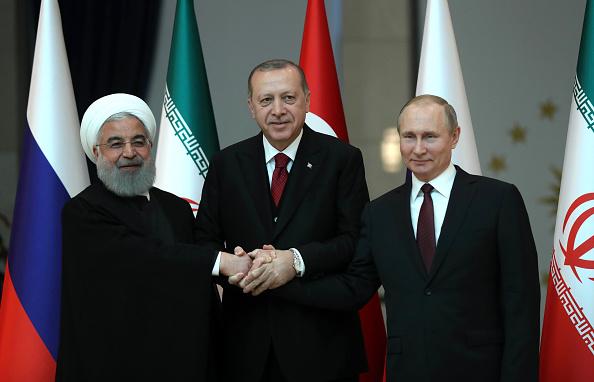 Iranul anuntă că poate produce uraniu îmbogăţit la un nivel mai mare decât înainte de semnarea acordului