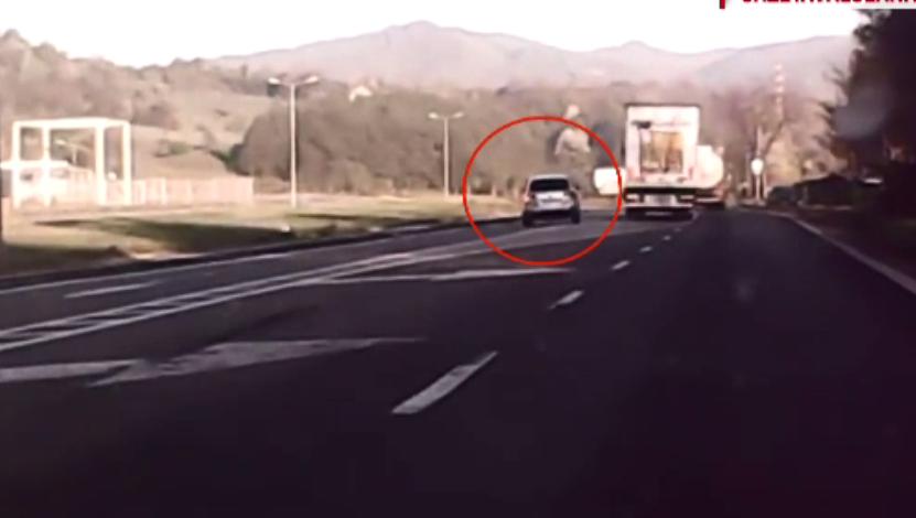 Motivul pentru care șoferii care s-au șicanat pe Valea Oltului nu pot fi sancționați