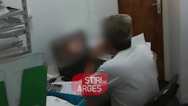 Șefii funcționarului care se uita la filme porno, la serviciu, au anunțat ce măsuri vor lua