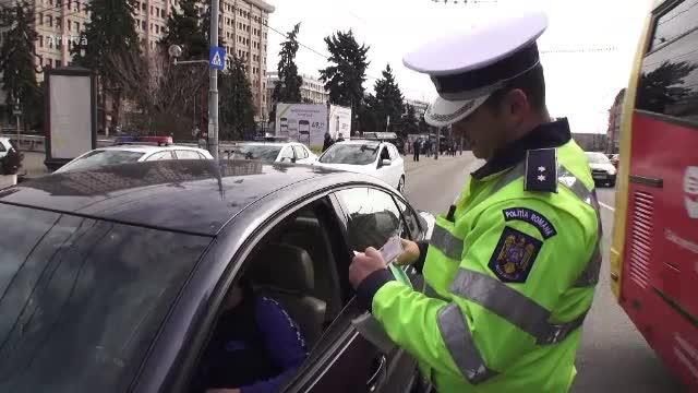 Poliţia va controla toate maşinile din România care au asta. Detaliul care te poate lăsa pieton