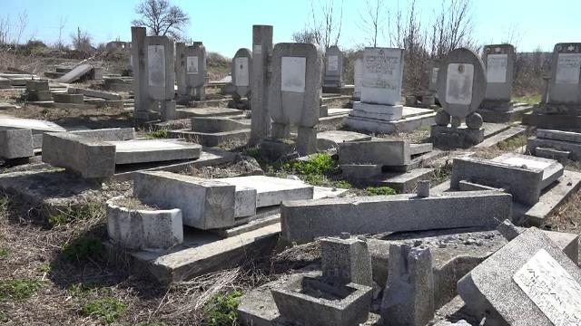 """Reportaj BBC: """"Fragila comunitate evreiască din România, amenințată de antisemitism"""""""