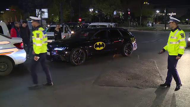 Poliţia a dat amenzi pentru maşini şi motociclete zgomotoase.