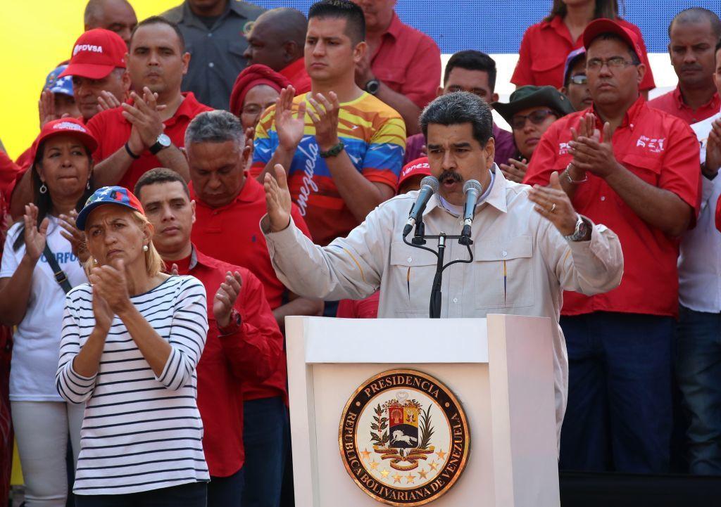 """Nicolas Maduro cere """"sprijin și asistență"""" pentru rezolvarea crizei din Venezuela. FOTO"""