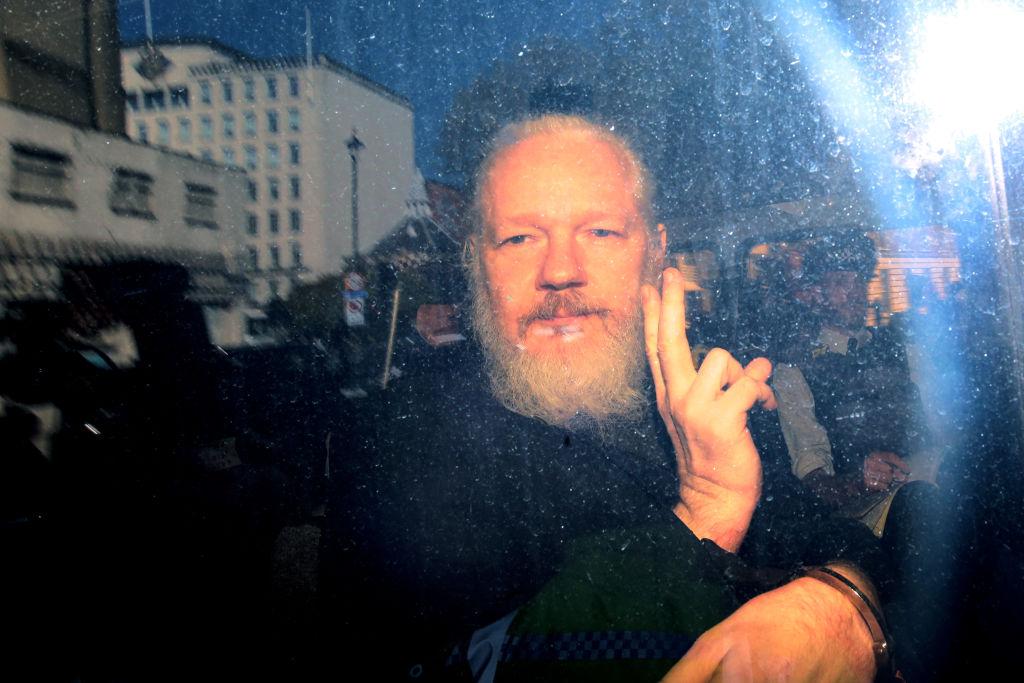 Un tribunal din Londra a decis că Julian Assange nu poate fi extrădat în SUA