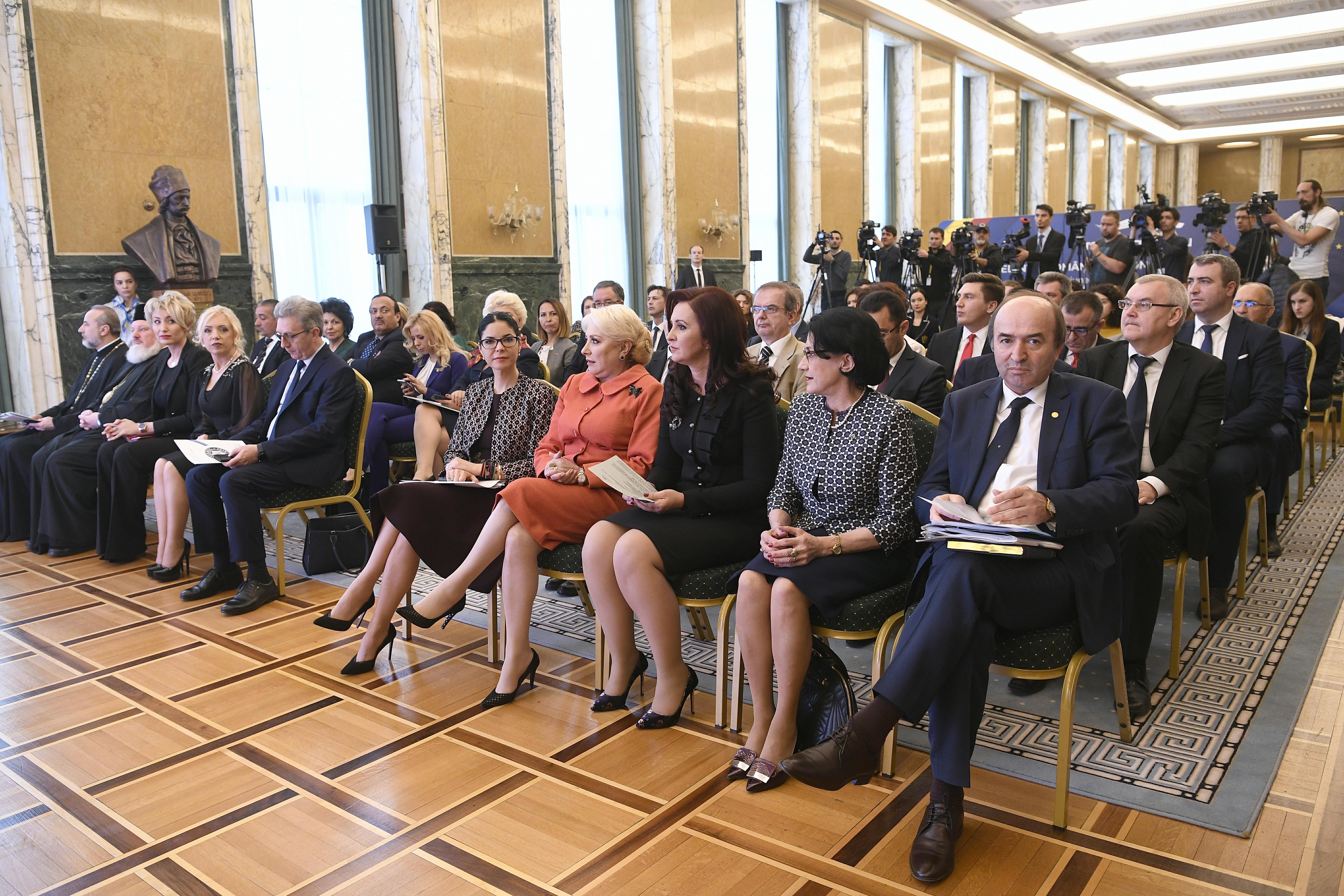"""Dăncilă s-a dezis de Toader după CEX-ul PSD. I-a cerut demisia și a spus că """"a greșit"""""""