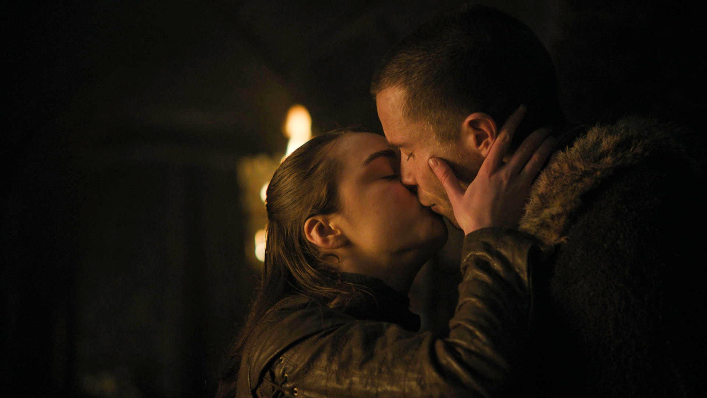 "Cum a filmat Maisie Williams scenele de sex din Game Of Thrones. ""Doamne, o să facem asta!"""