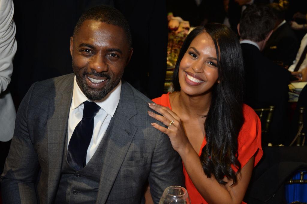 """""""Cel mai sexy bărbat în viață"""", actorul Idris Elba, s-a căsătorit cu o fostă Miss Vancouver"""