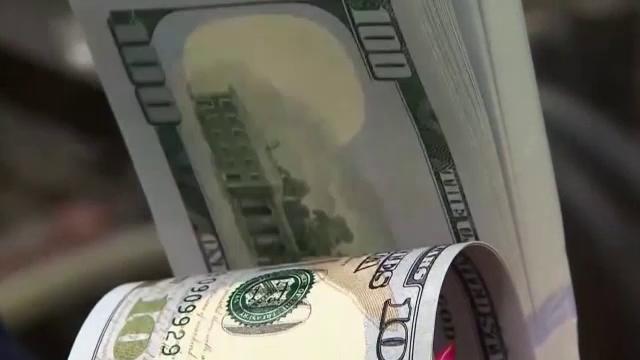 Pățania unui tânăr din SUA. S-a trezit că este milionar în dolari peste noapte. Ce a urmat