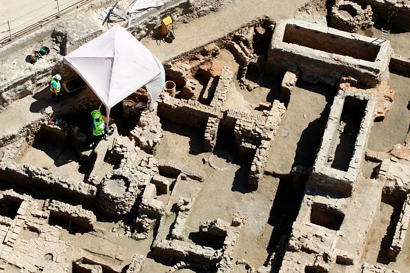 Descoperire incredibilă sub ruinele unei moschei distruse de ISIS în Mosul. FOTO