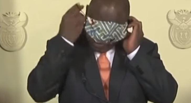VIDEO. Imagini virale cu președintele Africii de Sud. Ce a făcut în timpul unei conferințe
