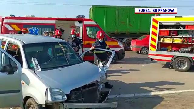 Accident grav petrecut pe DN1, în Prahova. Două persoane au rămas încarcerate