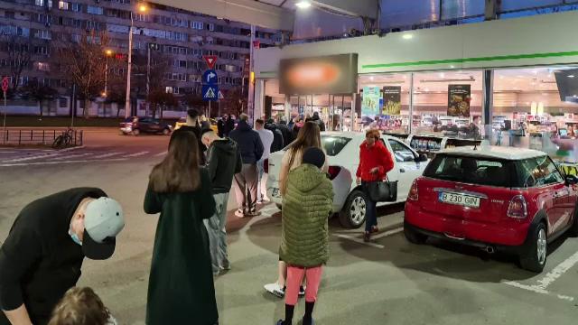 Soluția găsită de românii din zonele în care magazinele se închid la 18:00. Unde își fac cumpărăturile