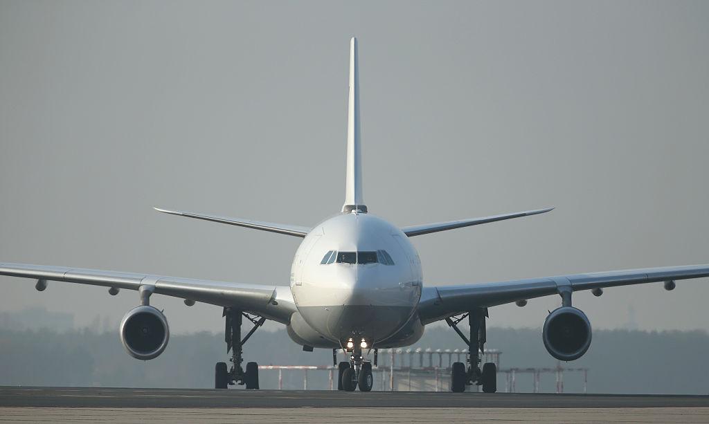 Companiile aeriene încep să-și reia zborurile la care au renunțat anul trecut. Care sunt cele mai căutate destinații