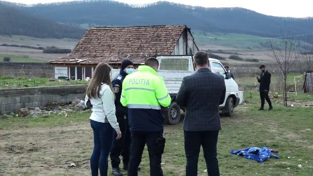 Anchetă în cazul fetiței din Bistrița-Năsăud, care a fost găsită înecată într-un pârâu. Ce spune mama copilei