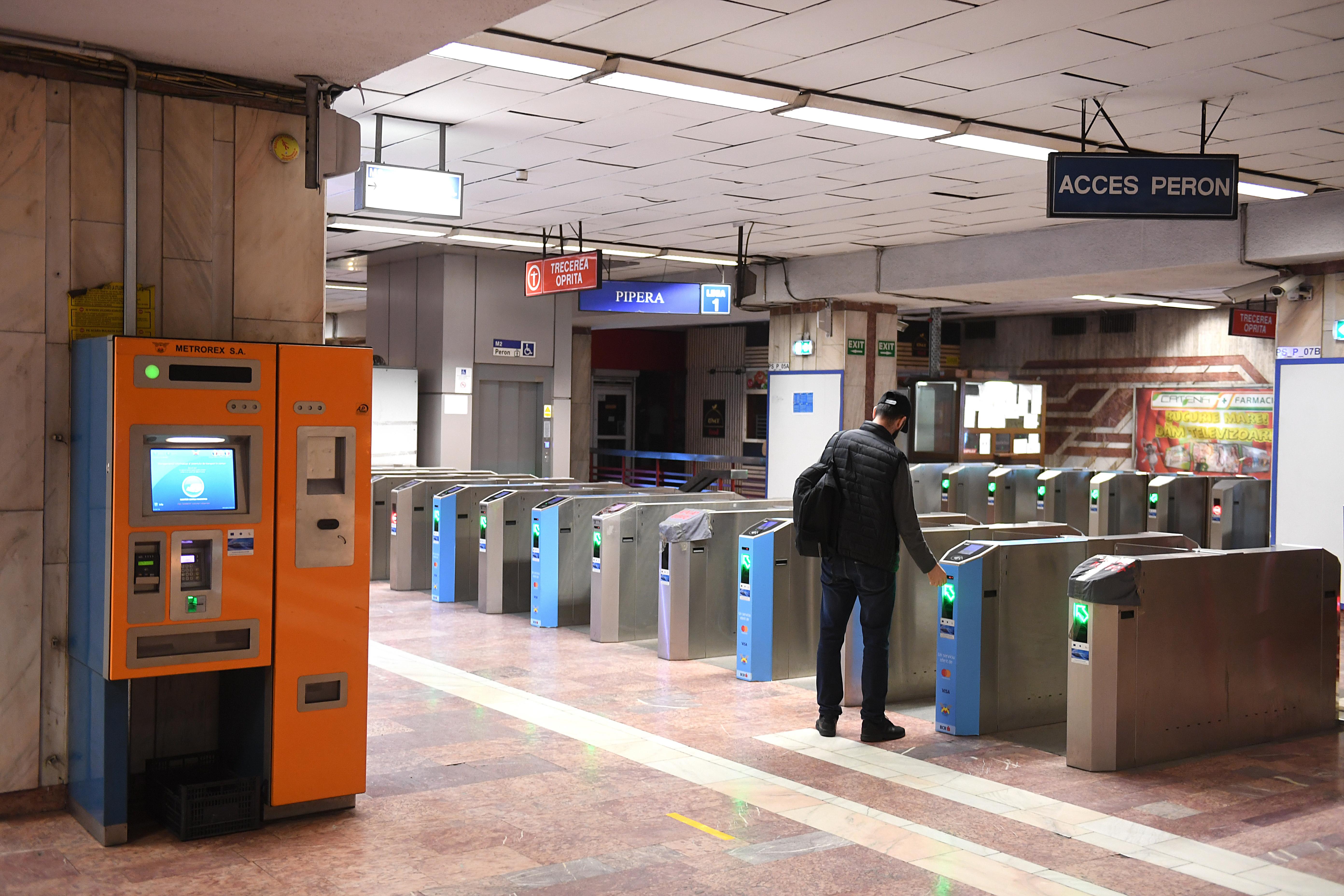 Transport gratuit cu metroul pentru cei care au cumpărat bilete la meciurile EURO 2020 din Bucureşti