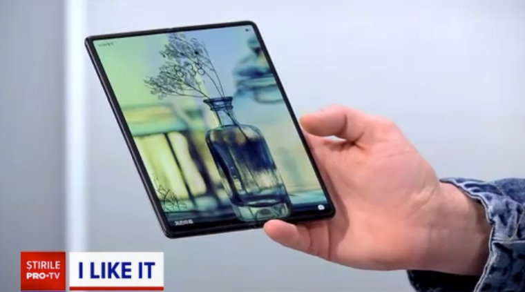 Cel mai nou telefon flexibil, Huawei Mate X2, a ajuns la iLikeIT