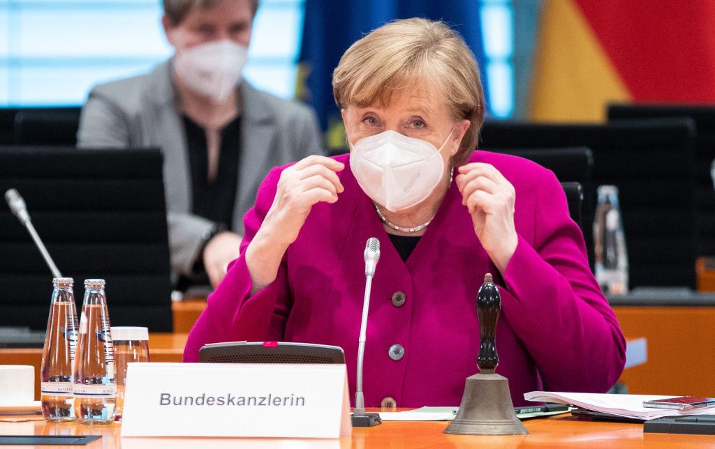Covid-19 în lume. Angela Merkel, huiduită în Parlament, după ce a cerut noi restricții