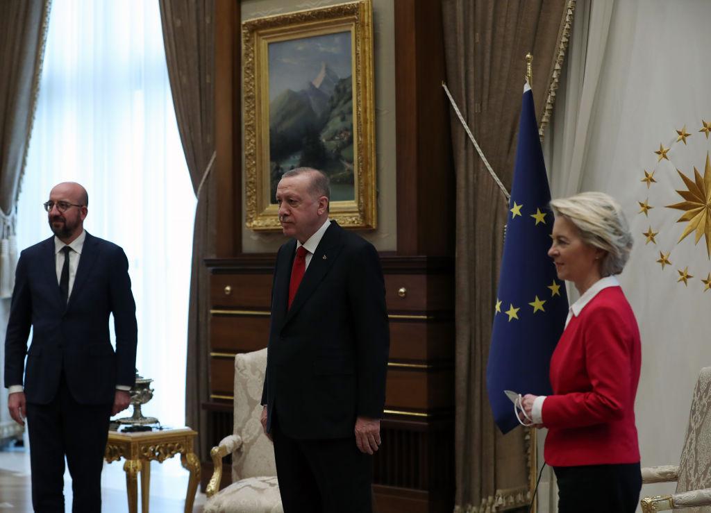 Erdogan, atacat dur după scandalul