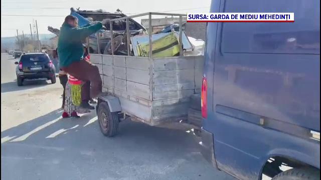 Trei indivizi din Drobeta Turnu Severin, amendați pentru transport de fier vechi fără documente