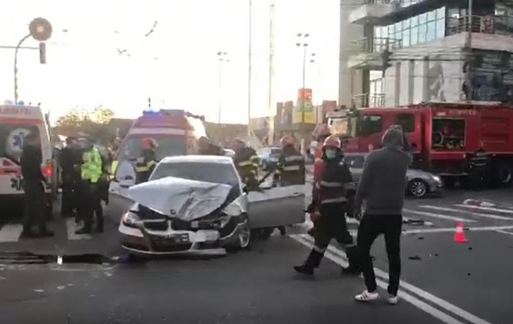 Accident teribil în Târgoviște. Doi tineri au ajuns la spital