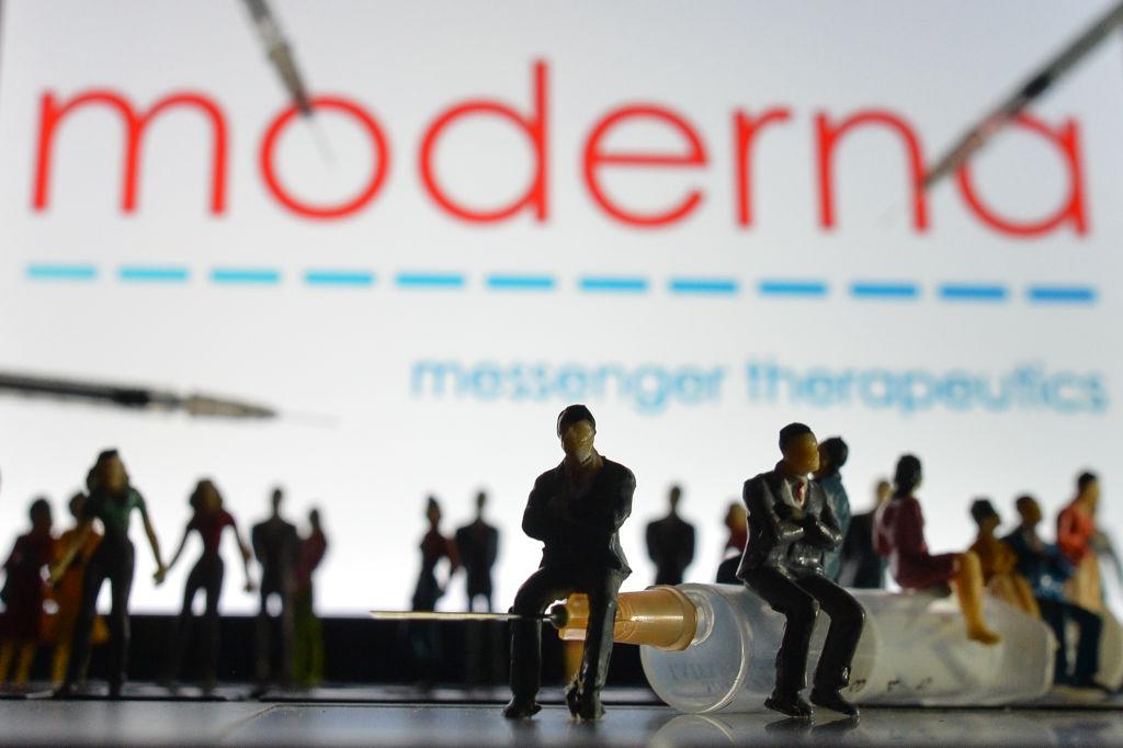 Vaccinul dezvoltat de Moderna, eficiență de 93% la șase luni după a doua doză. Anunțul companiei