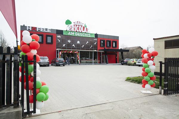 (P) MAM Bricolaj Ghencea și-a deschis porțile! Clienții sunt așteptați cu oferte speciale