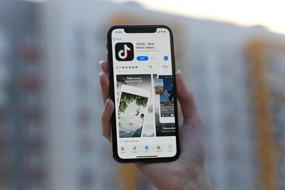 TikTok a ajuns la 732 de milioane de utilizatori pe glob, potrivit cifrelor oficiale. Noua strategie pentru reclame