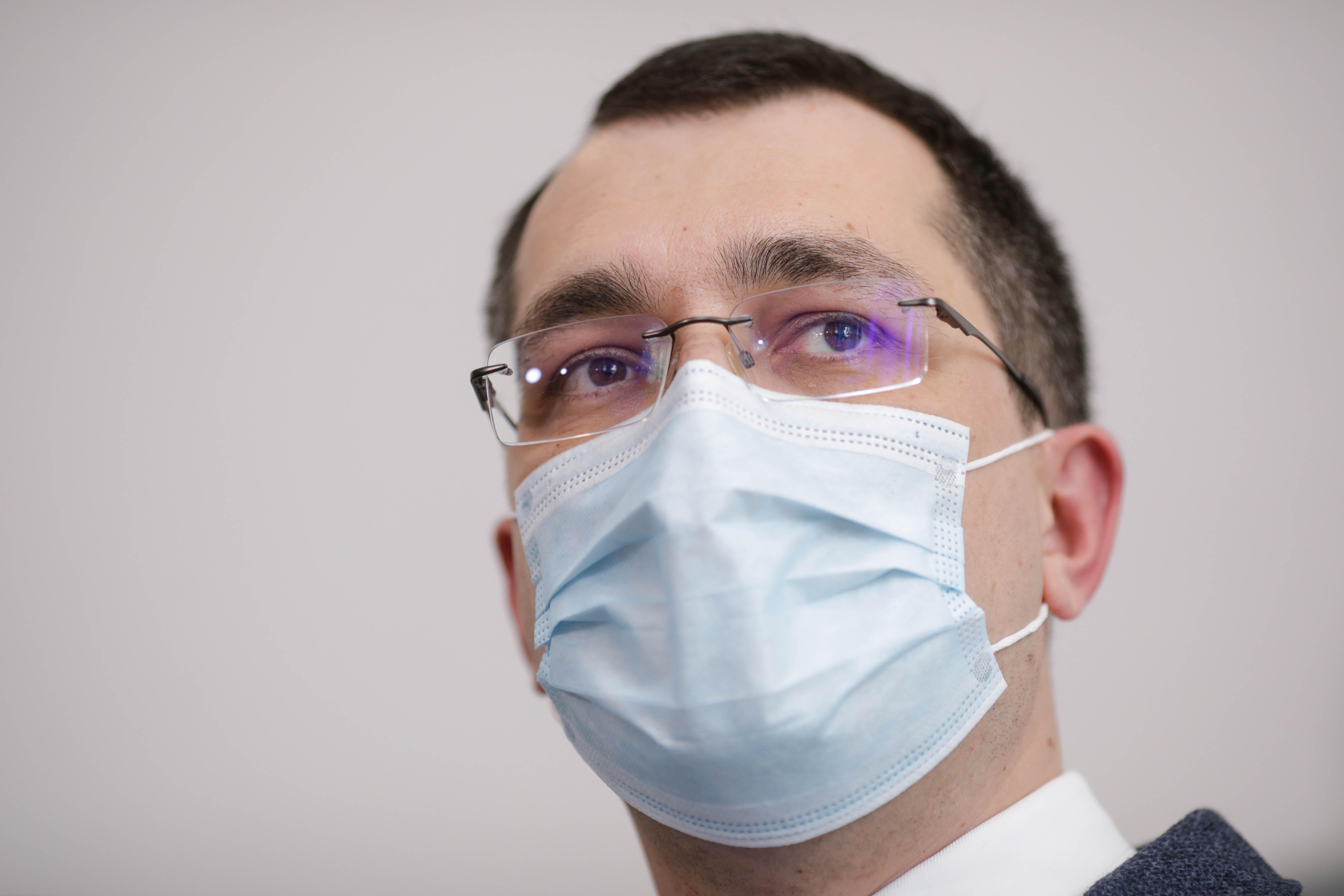 """Voiculescu, despre pandemia de Covid-19: """"Indicatorii sunt calculați greșit, pentru că au fost mermeliți"""""""