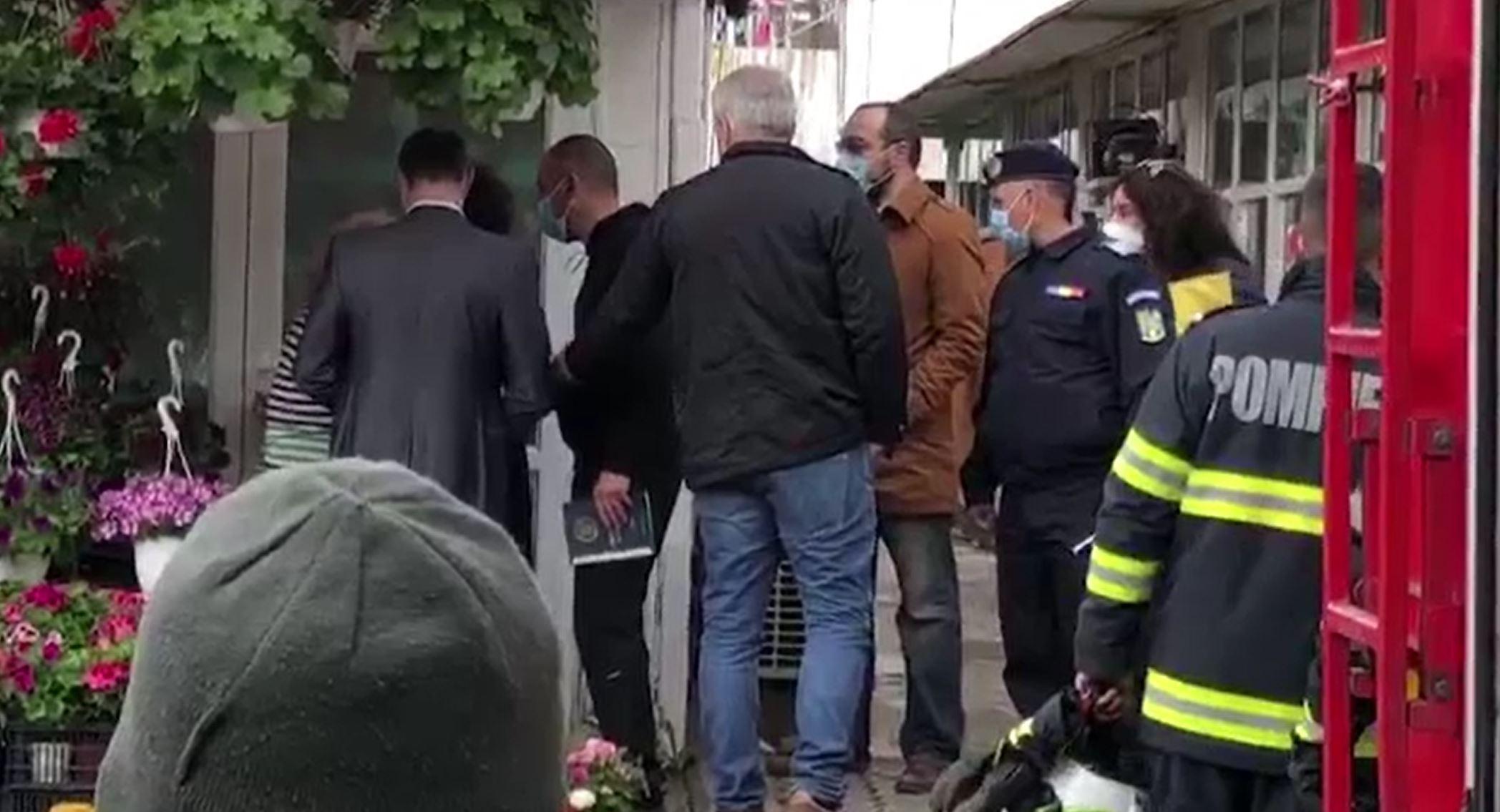 Gest extrem din partea unei florărese din Târgoviște, după ce autoritățile au încercat să îi dărâme ghereta