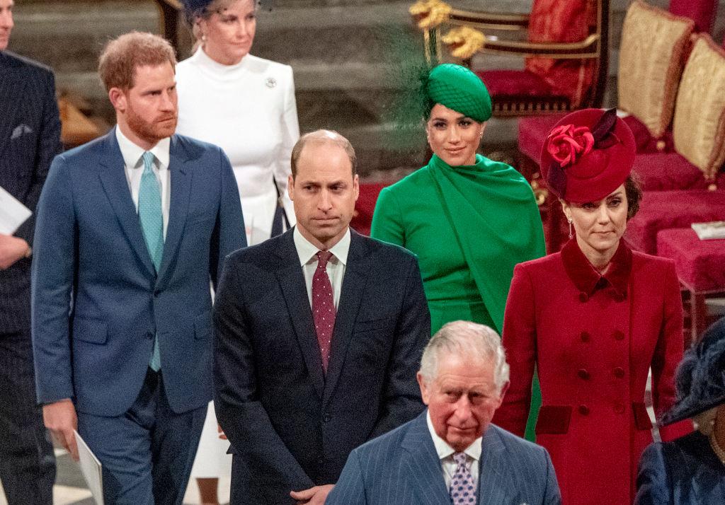 Cum vor participa prinții William și Harry la funeraliile Prințului Philip. Decizia luată de Regină