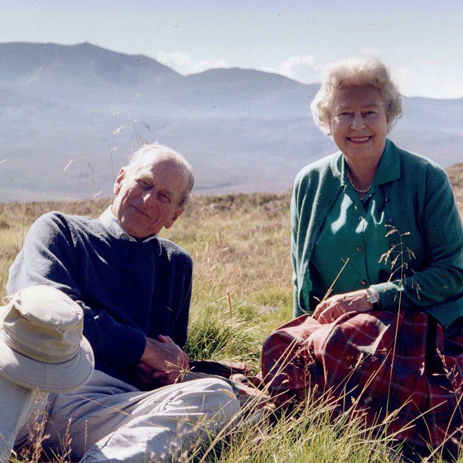 Fotografia pe care Regina Elisabeta a dorit să o facă publică înainte de înmormântarea prințului Philip