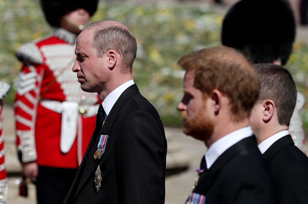 Ce au discutat prinții William și Harry după înmormântarea bunicului lor. VIDEO