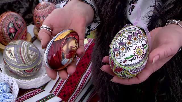Târg cu ouă încondeiate în Iași. Prețurile ajung și la 250 de lei