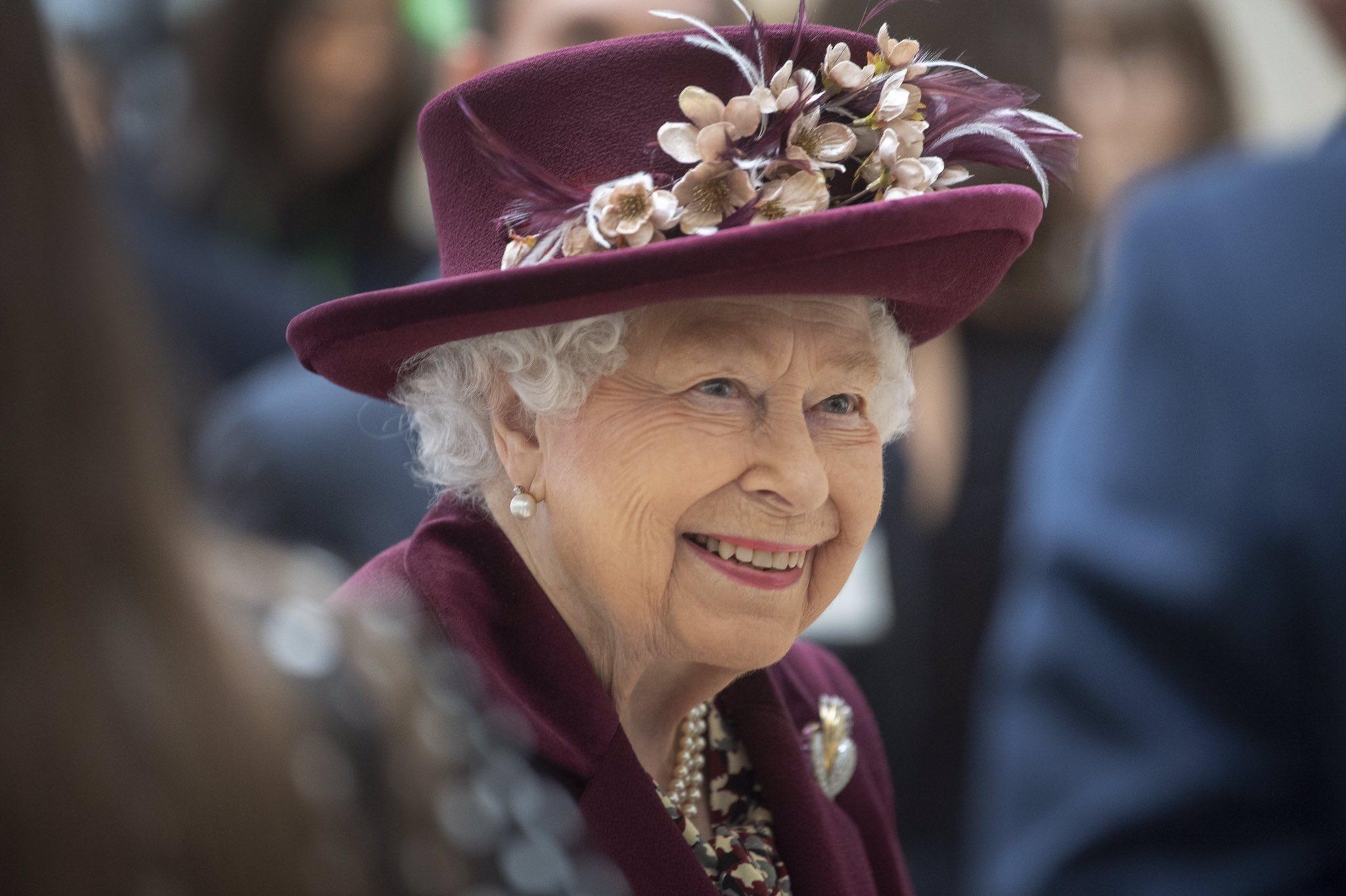 Gestul făcut de Regina Elisabeta a II-a, la 2 săptămâni după decesul prințului Philip. Foto