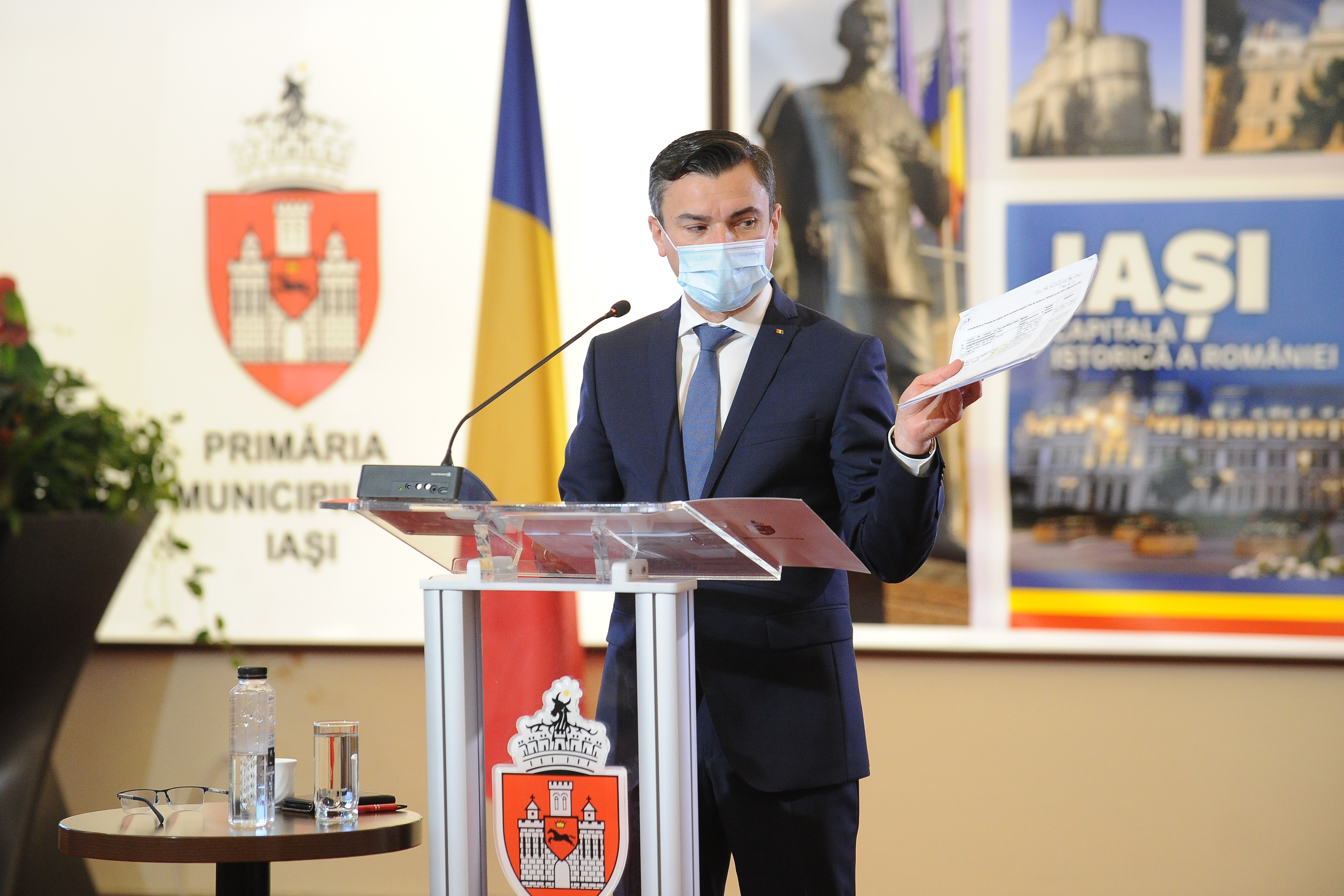 Primarul oraşului Iaşi, Mihai Chirica, a anunţat că va intra în grevă. Care este motivul