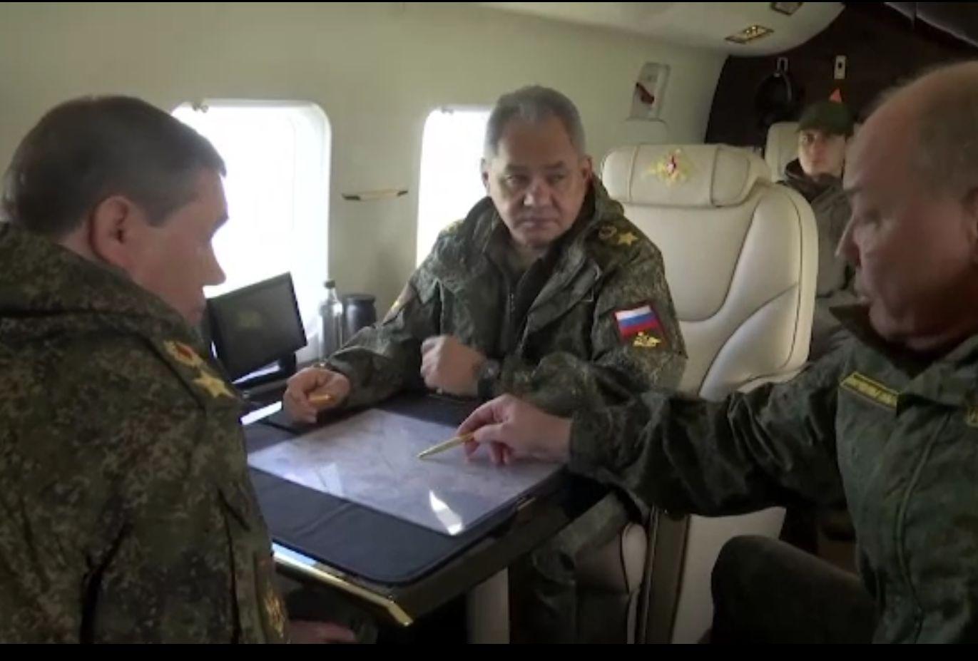Reacții după anunțul retragerii trupelor ruse din Ucraina. Ce va face România