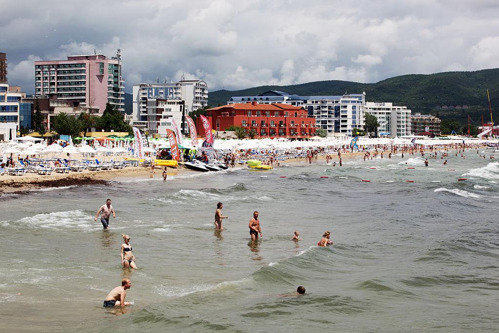 Aproape jumătate din turiștii UE din Bulgaria sunt români. Suma uriașă pe care o cheltuie la vecinii noștri