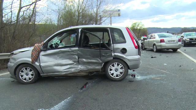 Accident grav în Prahova. O manevră făcută de o șoferiță de 70 de ani a dus la moartea unui bărbat de 53 de ani
