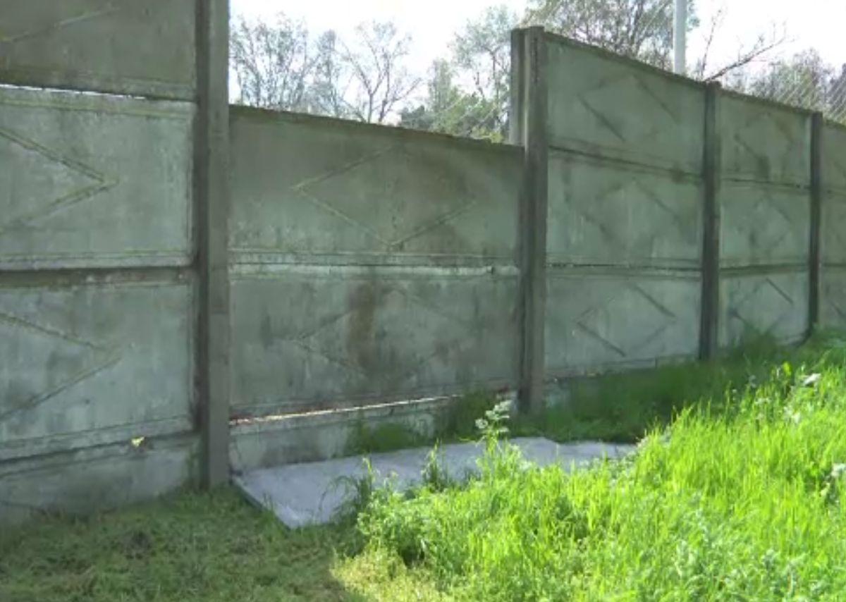 Copil mort la un antrenament de fotbal în Galați, strivit de două plăci de beton. Cum s-a întâmplat nenorocirea