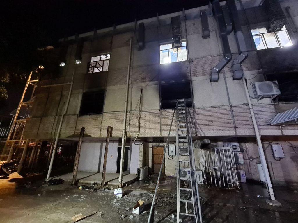 Incendiu de proportii intr-un spital Covid. Cel putin 23 de persoane au murit