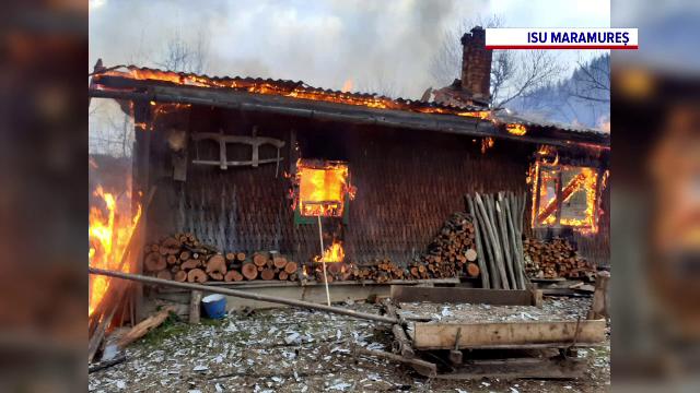 Tragedie într-o familie din județul Maramureș. Un bărbat și părinții acestuia au murit carbonizați în casă