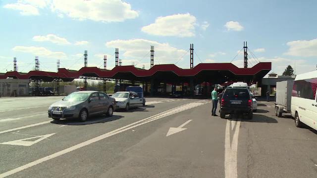 Cozi la intrarea în țară, prin vama Nădlac, odată cu revenirea acasă a celor care muncesc în străinătate