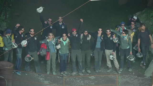 15 francezi au stat 40 de zile într-o peșteră, complet izolați. Ce a vrut să demonstreze proiectul