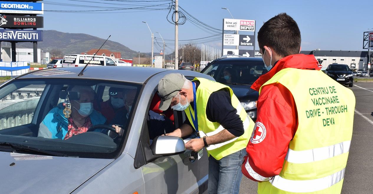 România se apropie de 4 milioane de persoane vaccinate. Maratoanele vaccinării, un succes