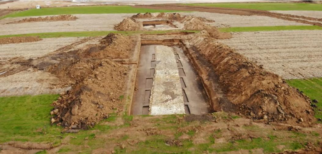 Drum roman de 2.000 de ani, foarte bine conservat, descoperit pe santierul Autostrazii Transilvania. De ce va fi distrus